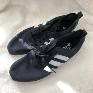 ADIDAS Torsion Running Shoes